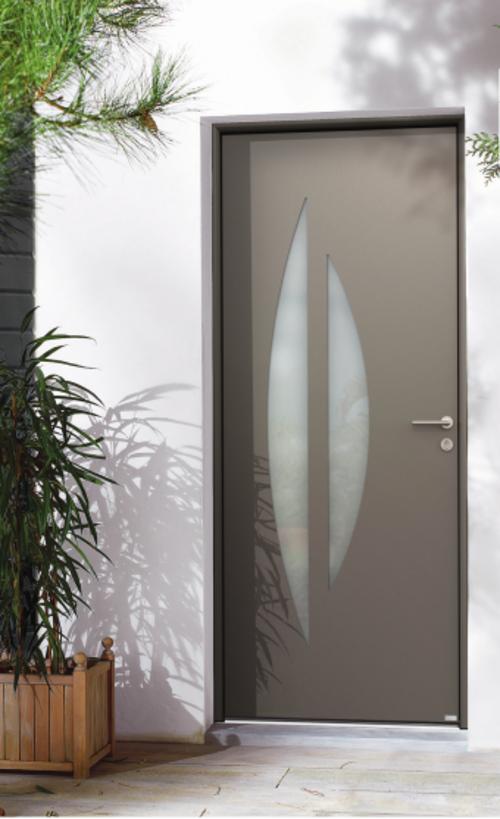 BEL''M-Expérience : Porte d''entrée contemporaine - Aluminium