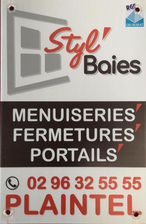 Les nouveaux panneaux de chantier Styl''Baies / Plaintel