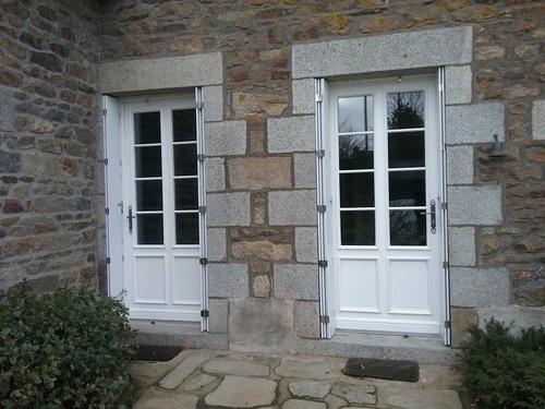 Porte fenêtres en bois - Pommeret - Côtes-d''Armor (22)