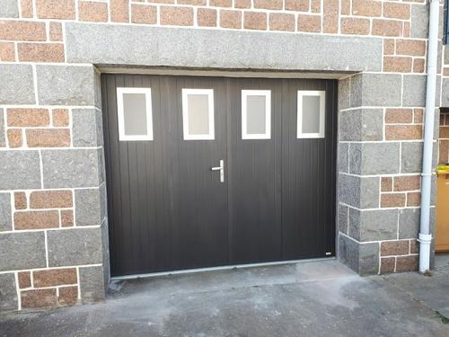 Porte de garage battante aluminium à Saint-Brieuc