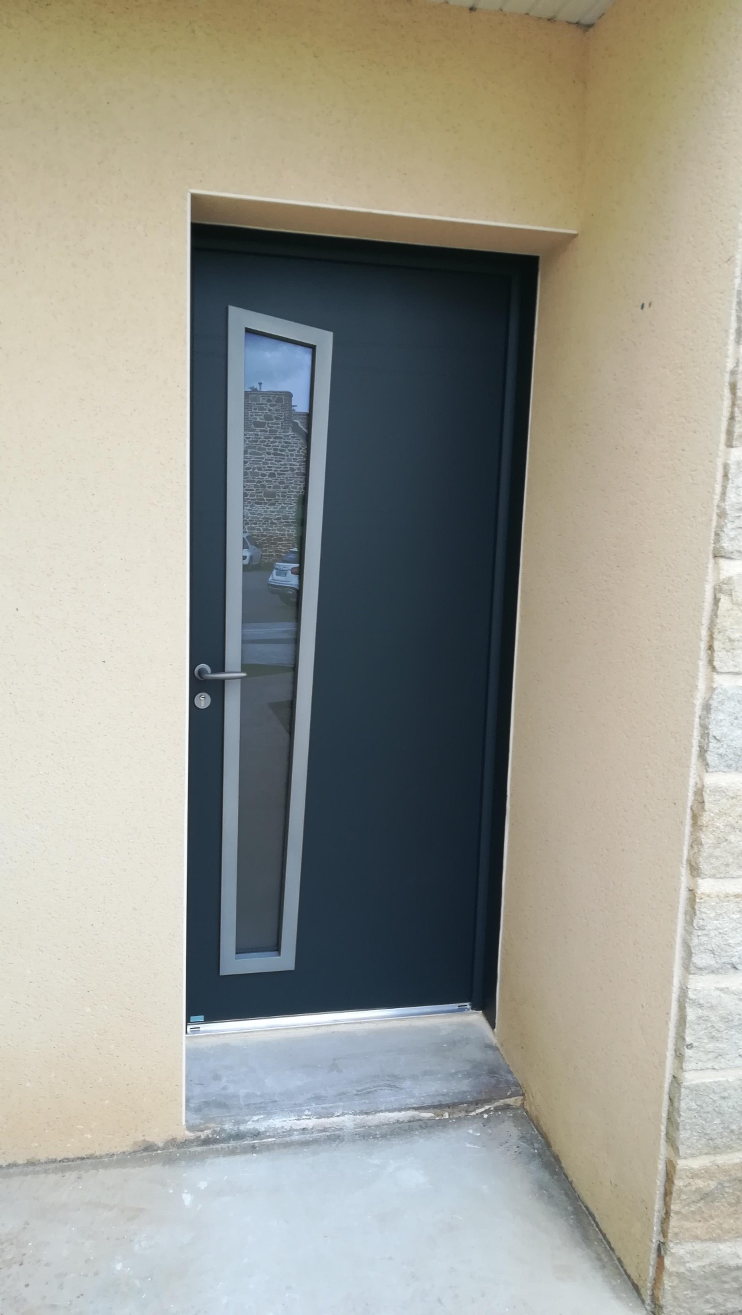 Porte de garage et porte d'entrée - Hillion (22)