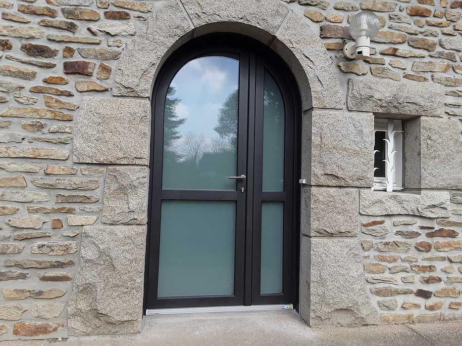 Rénovation porte entrée, fenêtres ouverture à La française PVC bicouleur à Quessoy (22) grot-quessoy