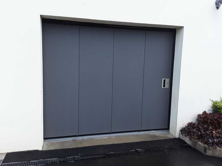 Porte de garage - Plaintel 0