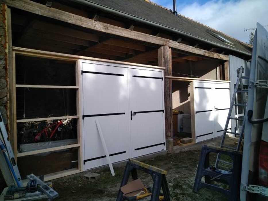 Portes de garage battantes PVC et bardage - St Brandan 2legrandstbrandanpgbardagependant